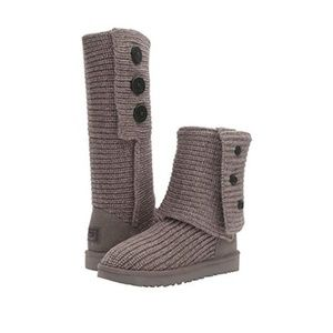UGG CLASSIC CARDY BUTTON GRAY KNIT SWEATER BOOTS